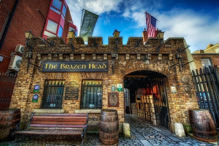 Irish pubs to have a pint in has to include The Brazen Head.