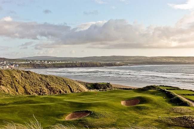 Lahinch Golf Club is one of the top 10 scenic golf courses in Ireland