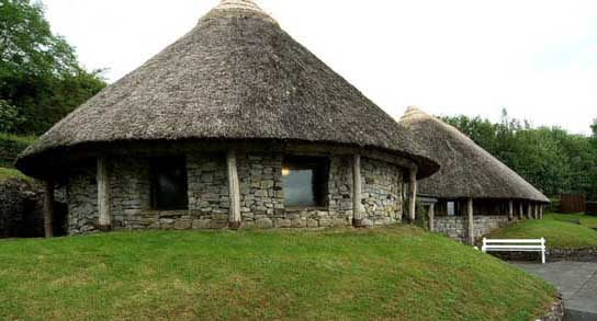 lough-gur-visitor-centre_01