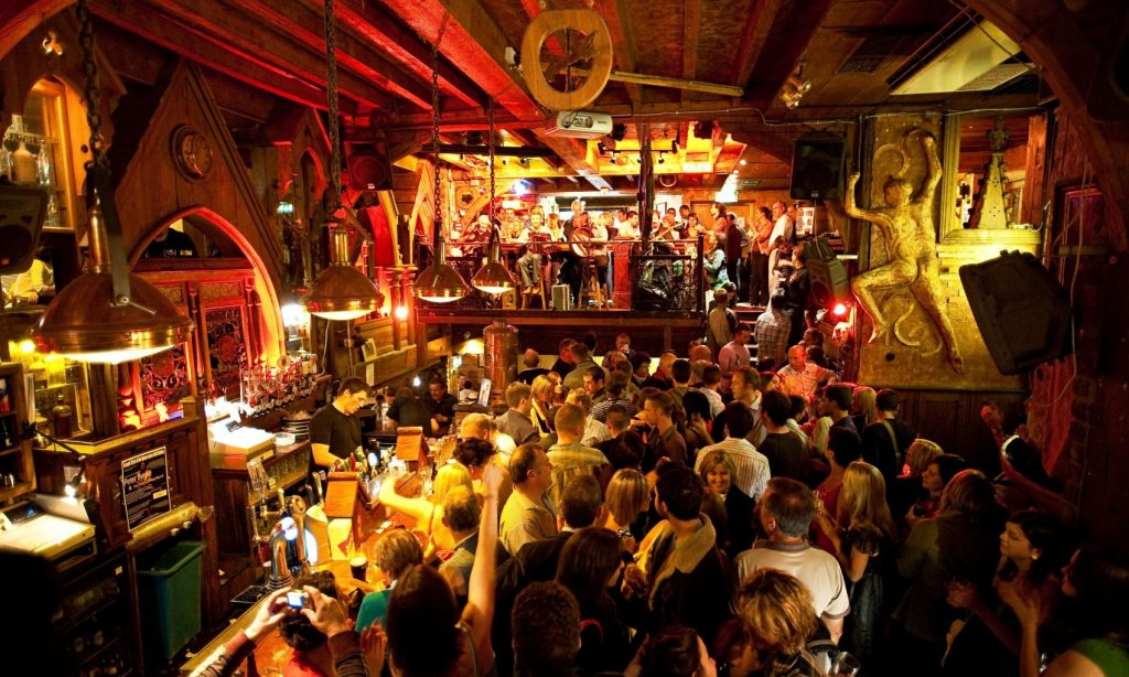 The Quays is one of the 5 best places to experience live Irish music in Galway