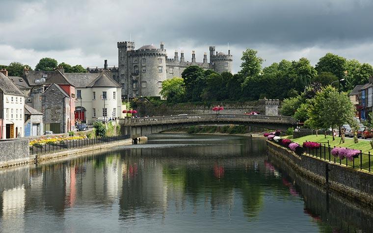 Kilkenny-castle-river-nore