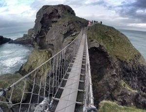 AMAZING video of Carrick-A-Rede Rope Bridge!!