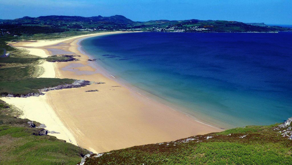 Portsalon is another of the best things to do in Donegal, a beautiful beach.
