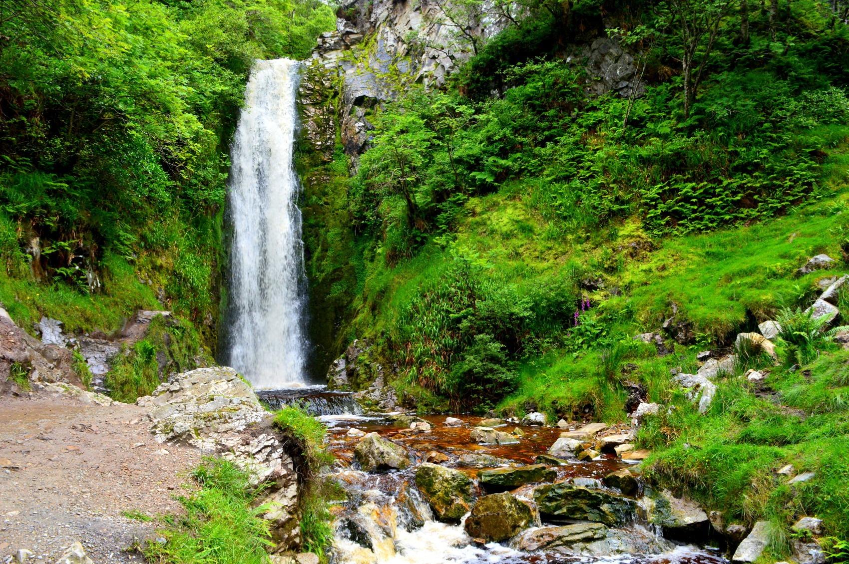 Clonmany waterfall gee