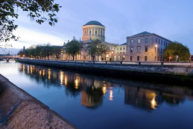 The Four Courts in Dublin at Night. Credit: centralhoteldublin.com