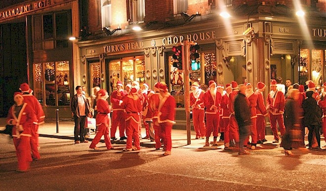Reasons you should do 'the 12 pubs of Christmas' in Dublin include support of the locals