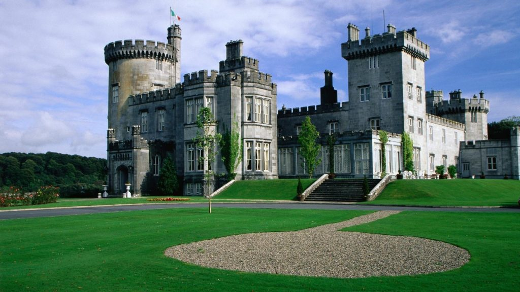 Top 10: Irish Hotels Only Lucky People Get To Stay In ...