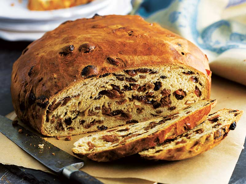 Barmbrack is another of the most delicious Irish foods you need to try.