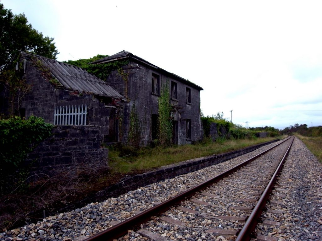 Another of the top scenic train routes in Ireland is the Dublin to Sligo route.