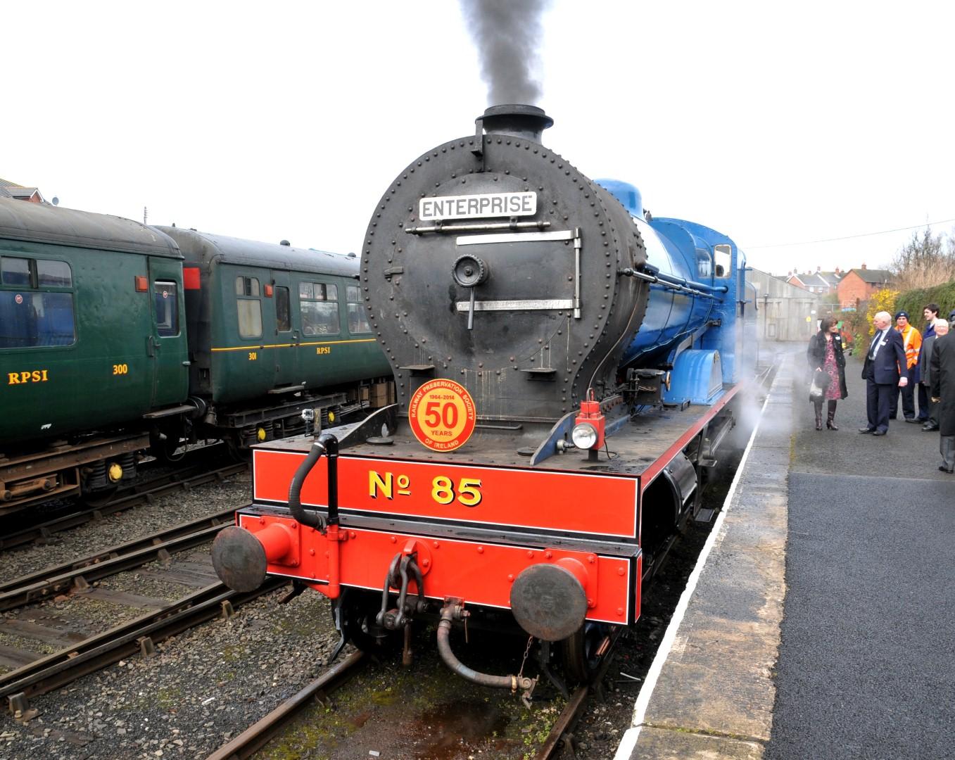 TOP 10: Stunning train journeys in Ireland you must