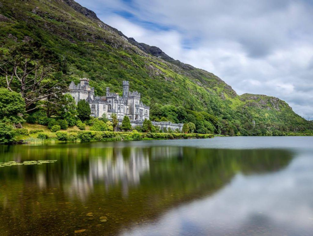 Kylemore Abbey is definitely one of the most breathtakingly beautiful buildings in Ireland.