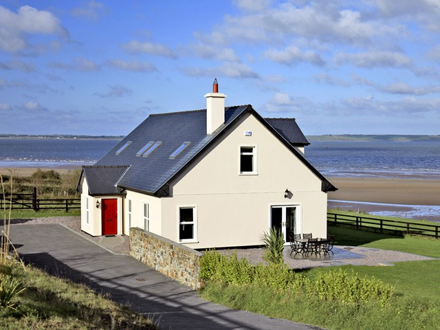 20 amazing homes in ireland available right now