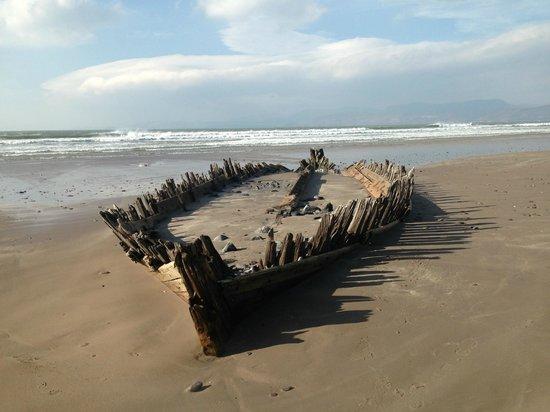 10 Famous Shipwrecks You Need To See Off The Irish Coast