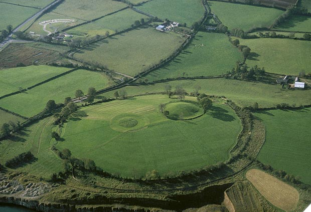 Want to know the best place to visit in every county of Northern Ireland? In Armagh we recommend the Navan Fort