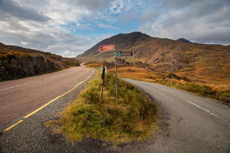 You Will Get Lost, But It Won't Be So Bad - one of our things to know before visiting Ireland.