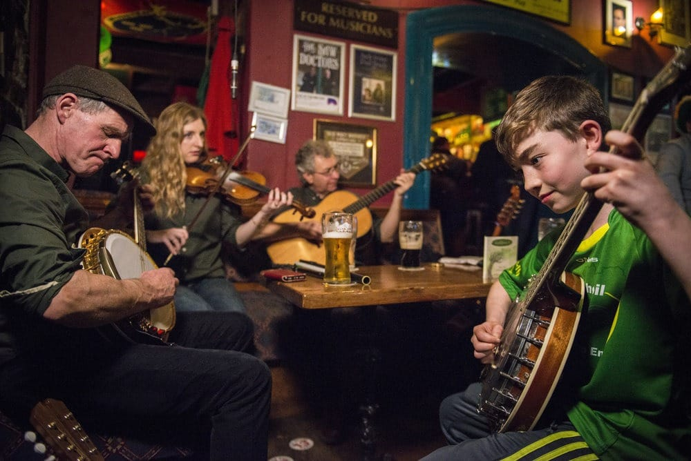The Most Popular Irish Songs Of All Time - Irish folk songs