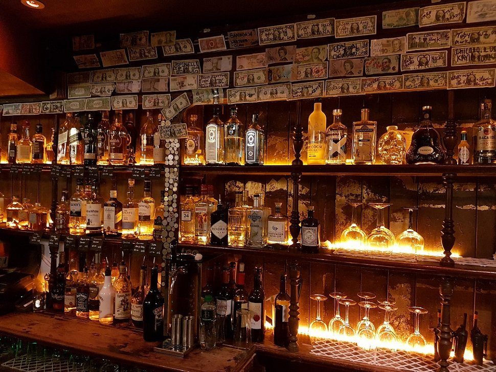 10 pubs and bars in Waterford you need to visit before you die include the Reg