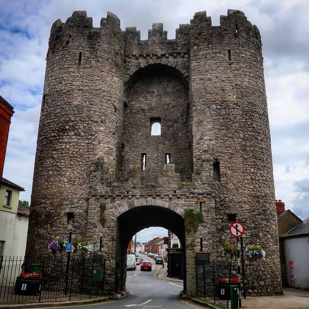 Gate One Ireland Tours