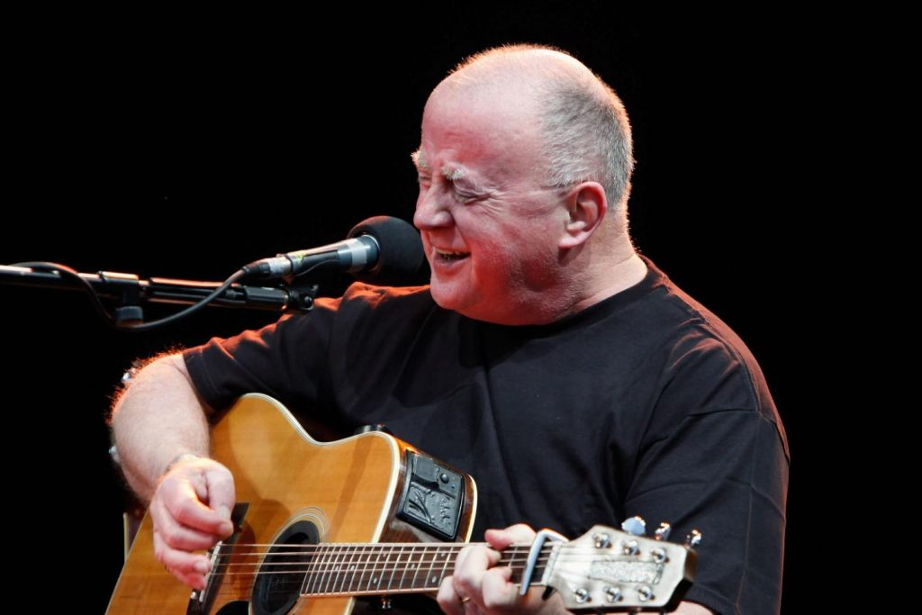 Ride On (Christy Moore) – a very moving song