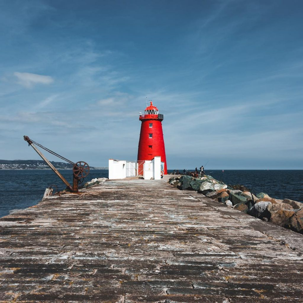 A stroll near the Poolbeg Lighthouse is one of our 10 romantic but cheap date ideas in Dublin