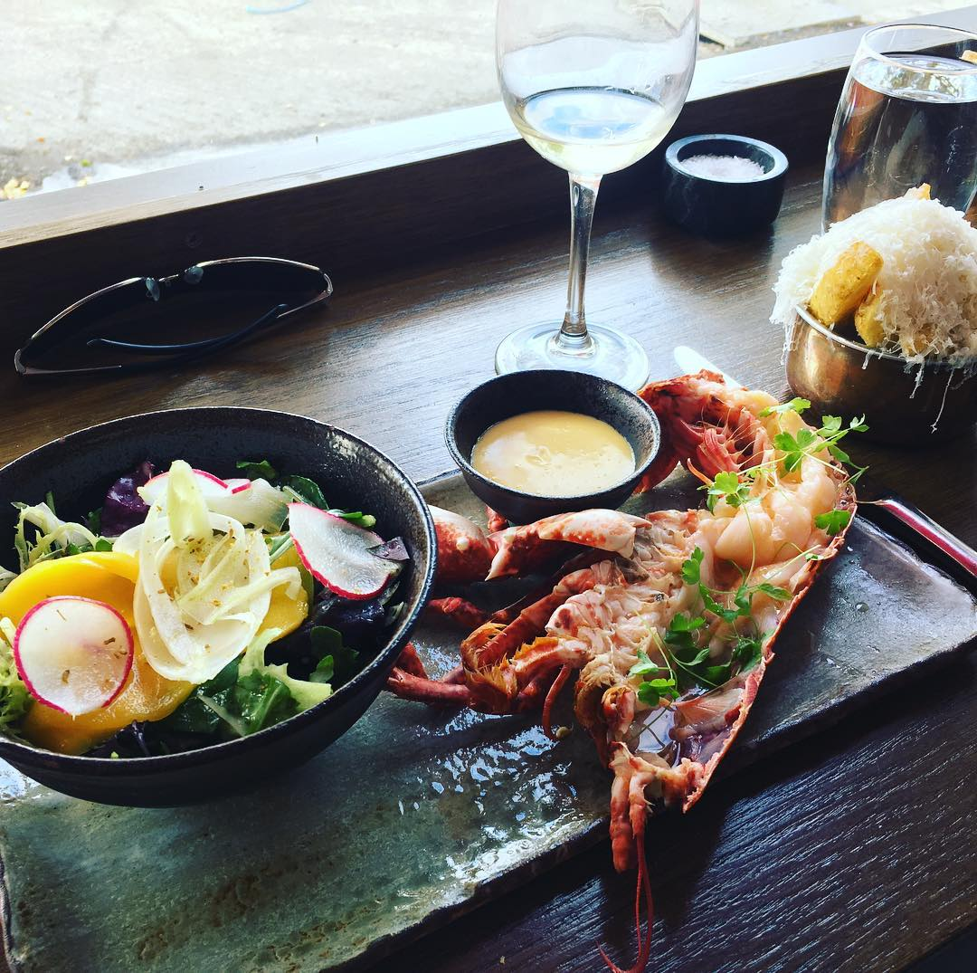 5 Best Restaurants for a Romantic Dinner for 2 in Dn Laoghaire