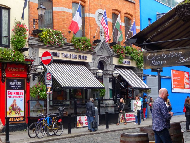 Bad Bobs is one of the best pubs in Temple Bar, and a must-visit.