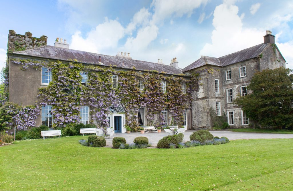 10 fairy-tale wedding locations in Ireland include Ballymaloe House