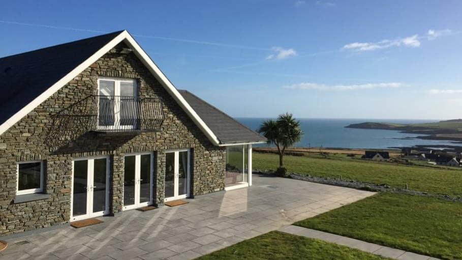 Remarkable This Kinsale Airbnb Is The Stuff Of Dreams Interior Design Ideas Clesiryabchikinfo