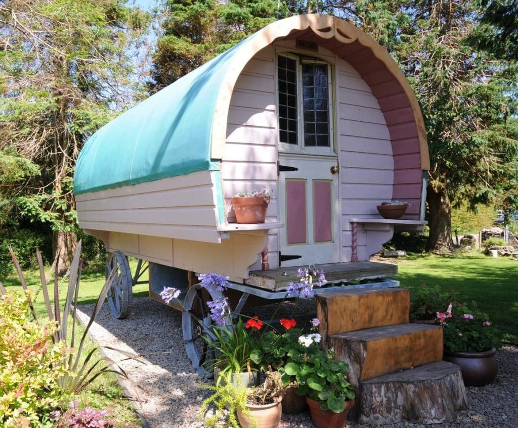 This gypsy wagon on Airbnb is like something from a fairy tale
