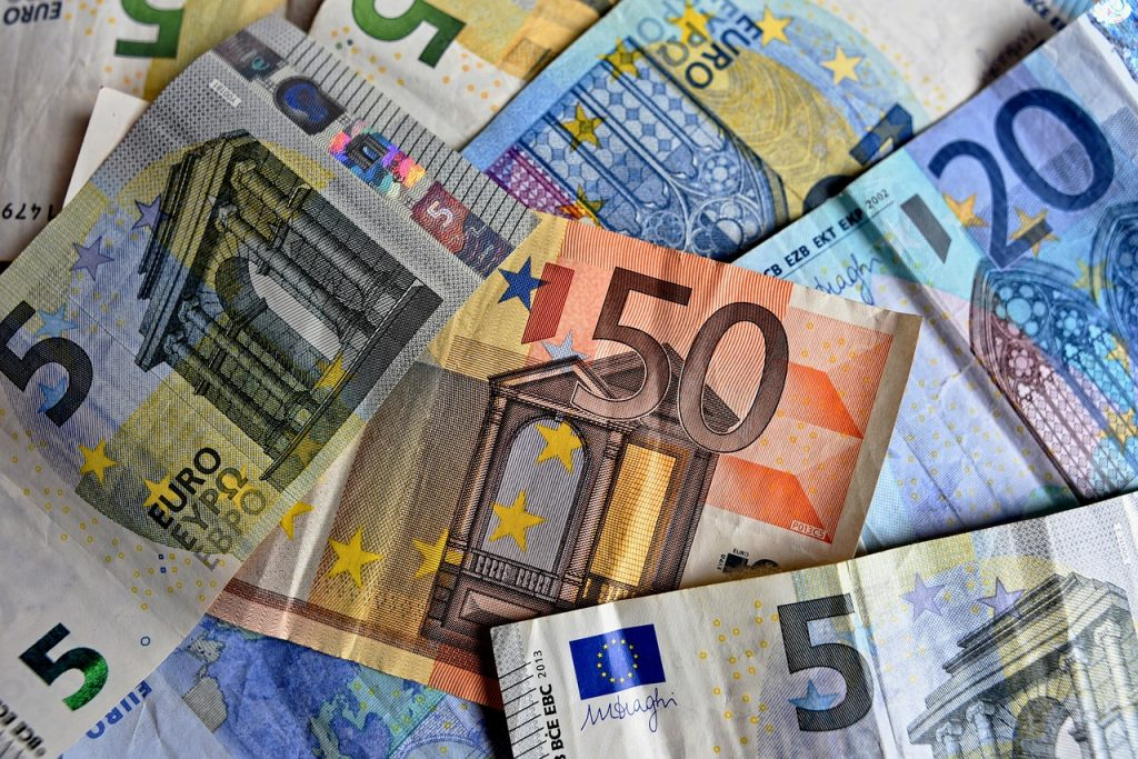 Price inflation is a con among the pros and cons of increased tourism in Ireland