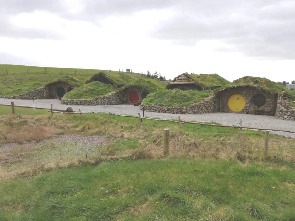 "You can rent a ""hobbit hut"" in Mayo on Airbnb"