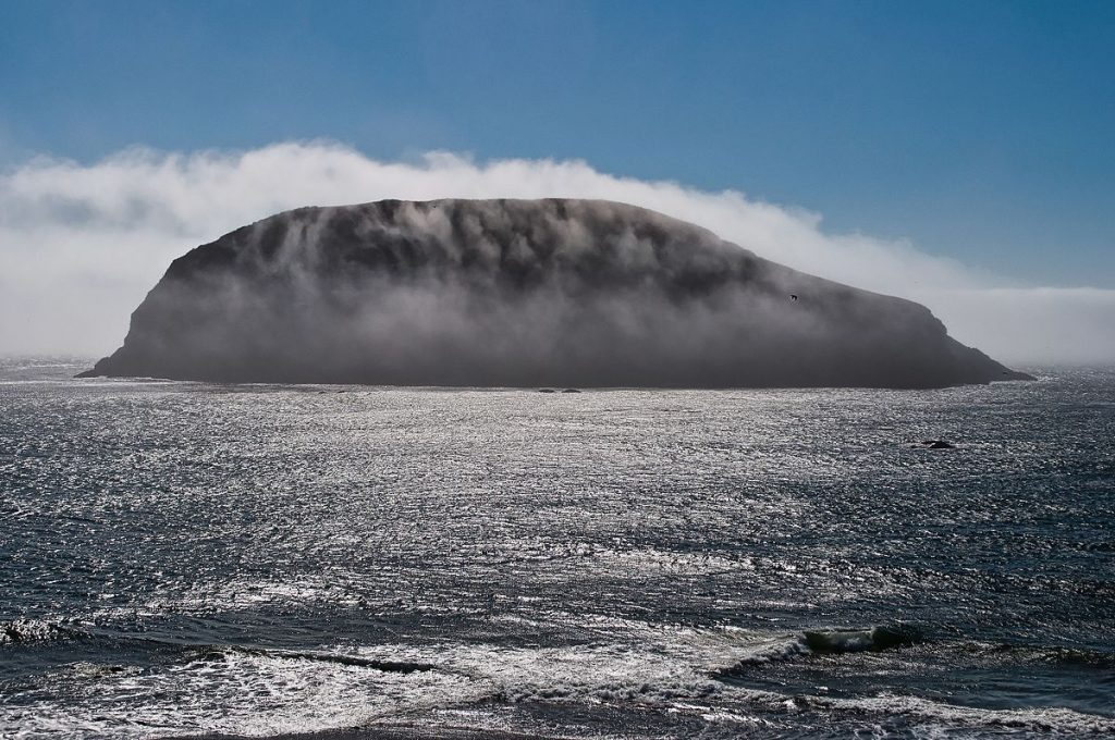 The mystery island is one of 5 spooky ghost stories from the West coast of Ireland