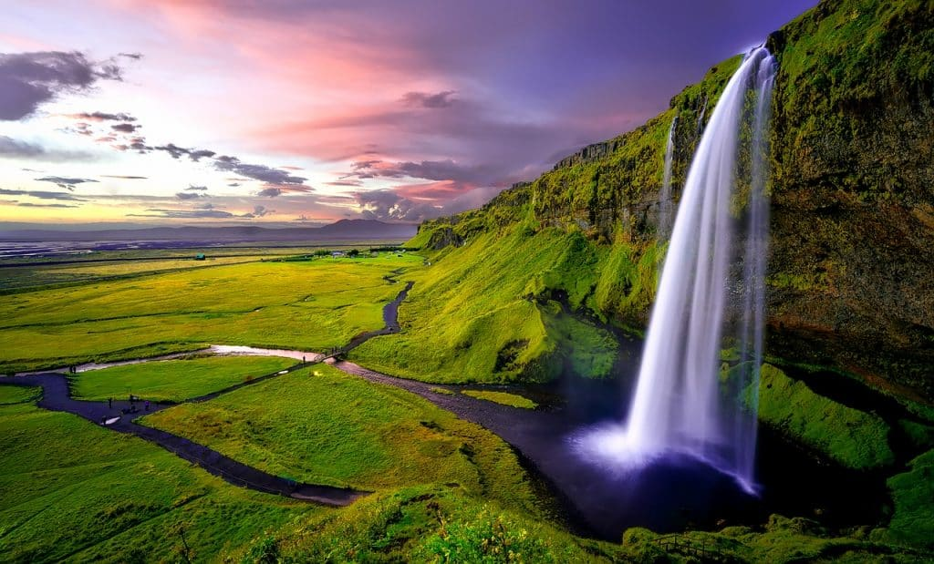Iceland is one of 10 amazing countries you can visit visa-free with an Irish passport