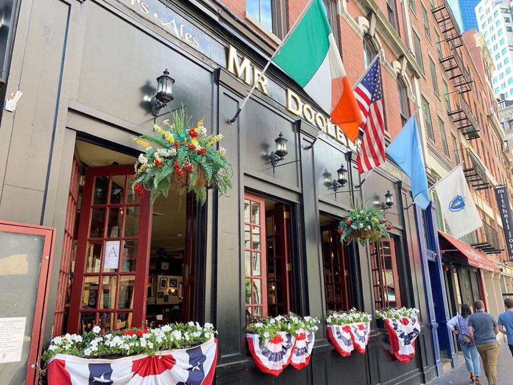 Americans and Irish emigrants in Massachusetts love Mr. Dooley's