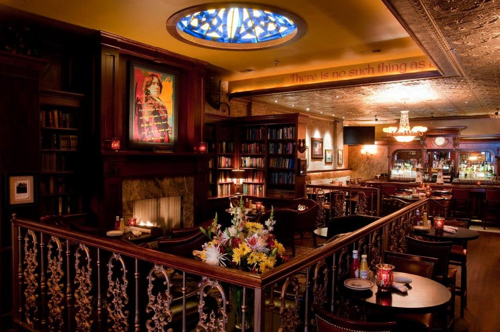 Wilde Bar & Restaurant is one of the 10 best Irish pubs in Chicago