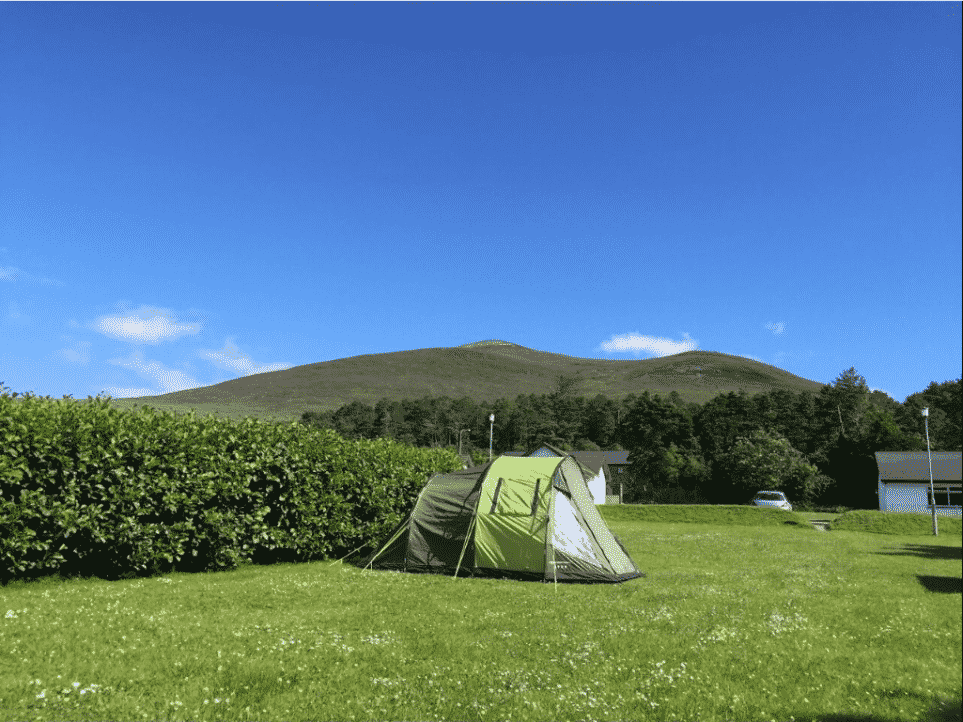 Glenross is one of the 10 best camping sites in Ireland according to reviews
