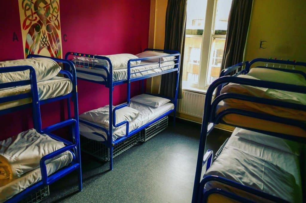 The 10 best hostels for solo travellers in Dublin include Kinlay House