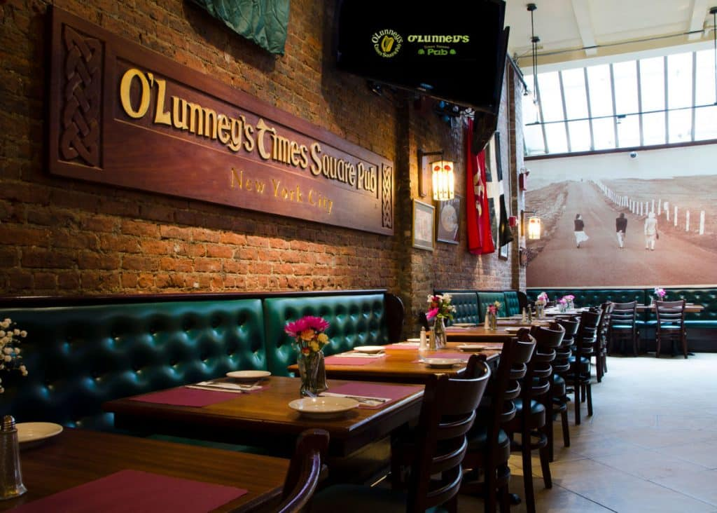 Be sure to try O'Lunney's for one of the best Irish pubs in New York.