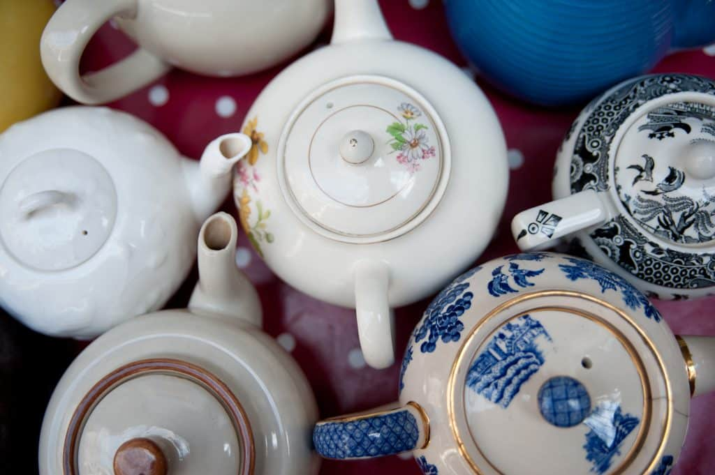Guinness World Records held by the Irish include the most cups of tea made in one hour