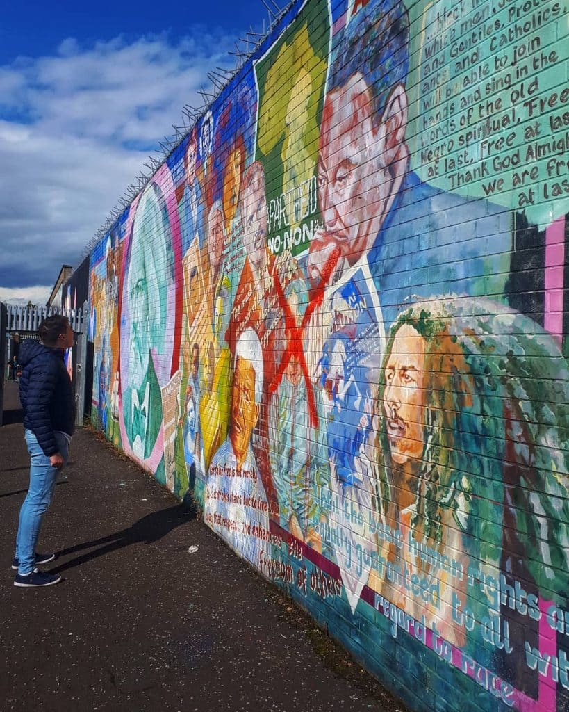 Another of our top facts about Northern Ireland includes facts about the Peace Walls.
