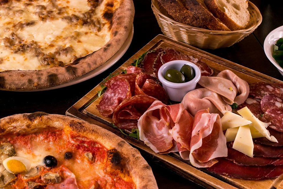 The 10 best Italian restaurants in Dublin include Al Vesuvio