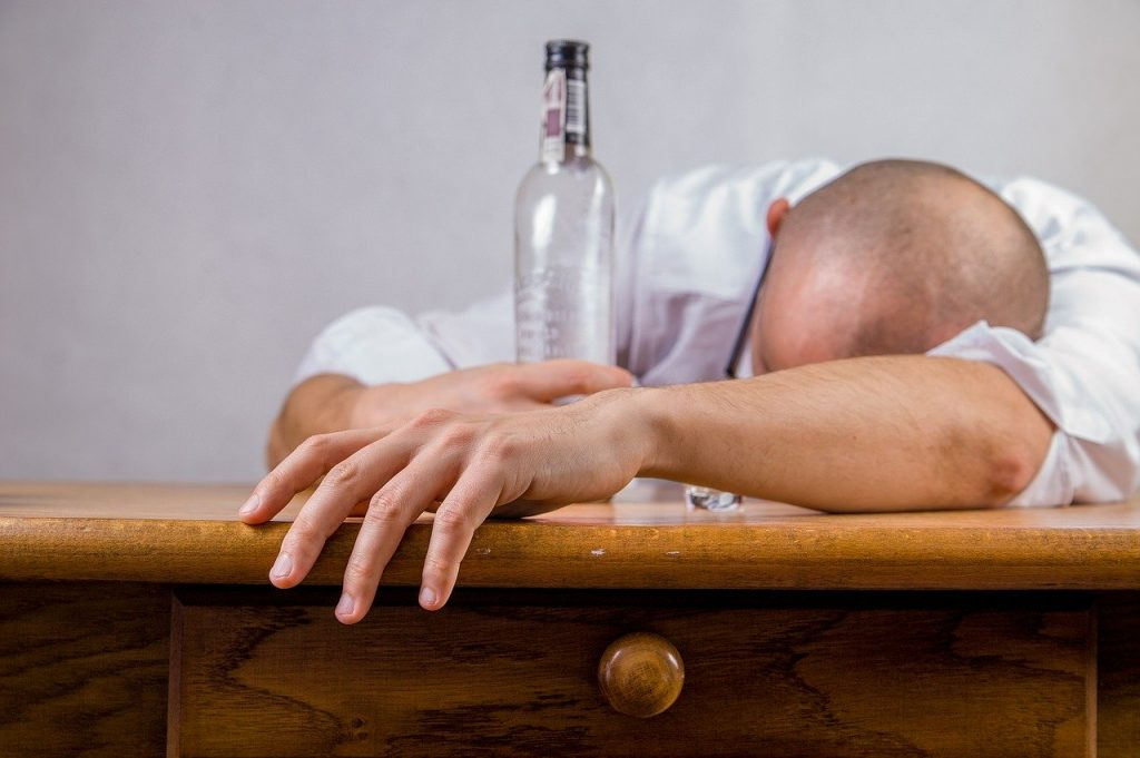 Irish slang words and phrases that describe being drunk include 'pissed'