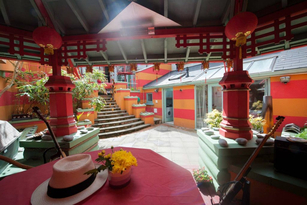 The 5 quirkiest Airbnbs in Ireland you wouldn't believe exist include Dyehouse
