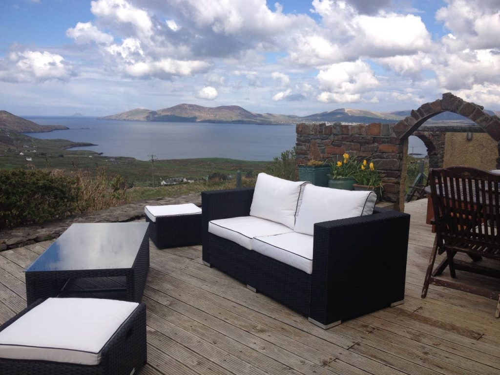 Another of the top scenic Airbnbs with a hot tub in Ireland is Skelligs Rest.