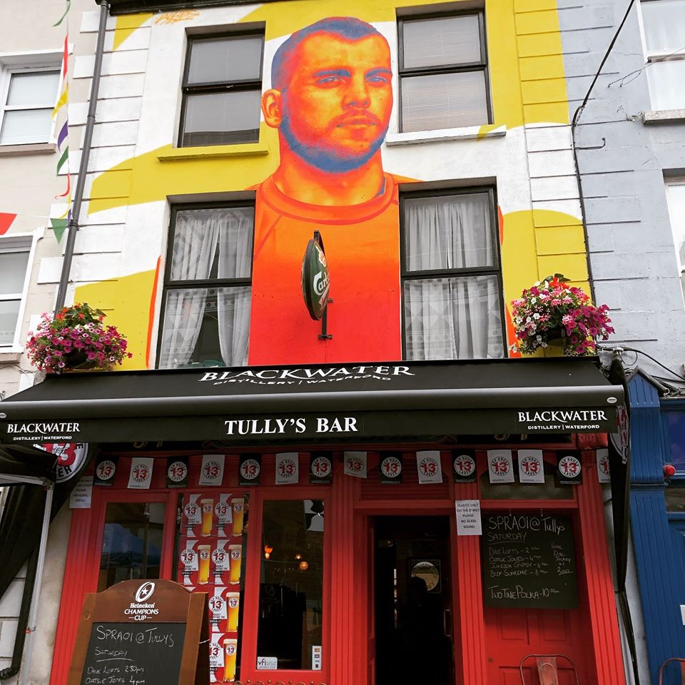 The 5 best places to get the shift in Waterford include Tully's Bar