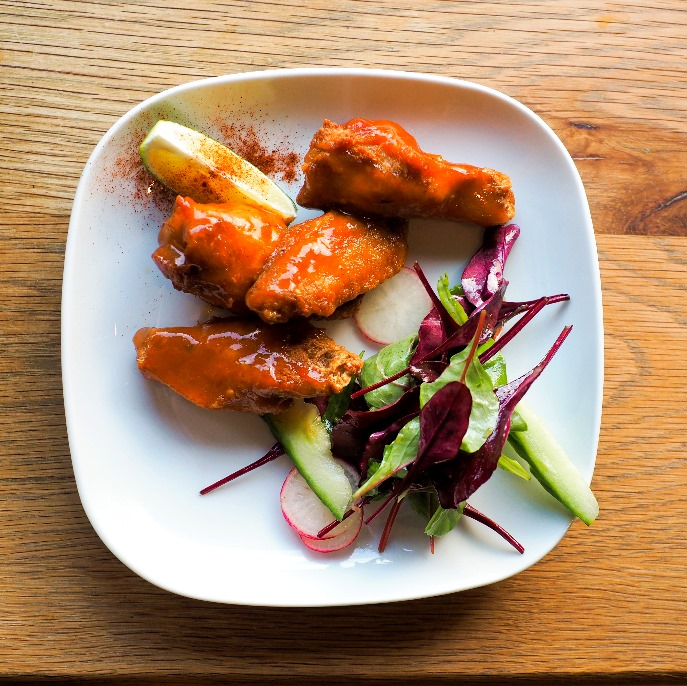 Our Acapulco review has to mention the starters, and their chicken wings were nothing short of amazing.