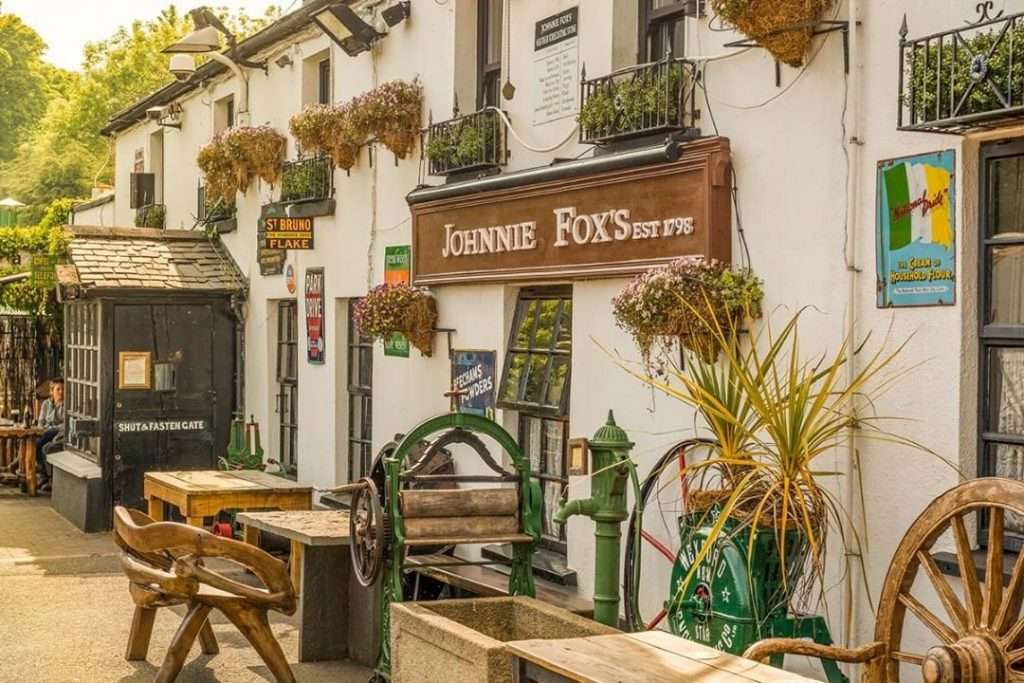 5 pubs in Ireland that hold epic records include Johnnie Fox's