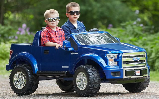 Power Wheels were one of the best outdoor toys '90s kids will remember, you could drive around in style and act like a grownup.