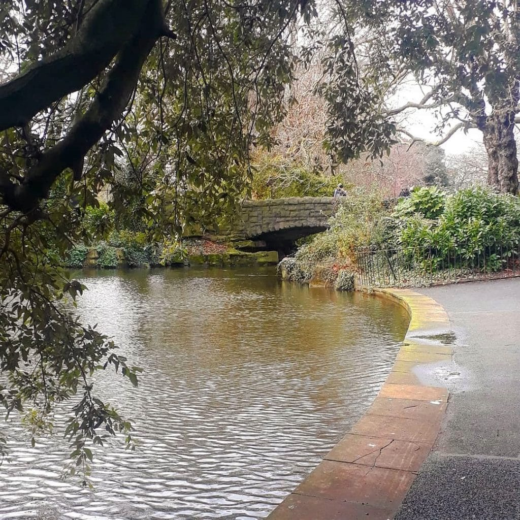 A scene from the movie was filmed in St. Stephen's Green