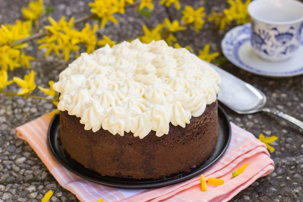 This chocolate cake is perfect to celebrate St Patrick's Day, or if you want to just have something sweet.